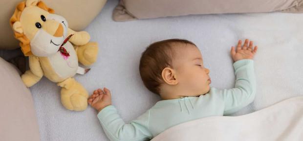 Comment aider bébé à faire ses nuits ?