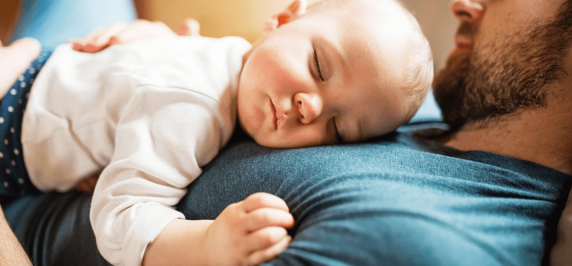 Problème de régurgitation de bébé : que faire ?