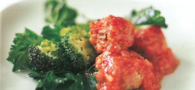 Recette Boulettes en sauce tomate aux herbes